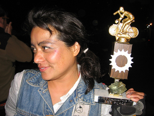 Reina Terror with the Huffy Toss trophy