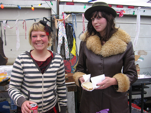 Evil Hot Dog on a Stick Girls